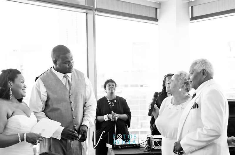 100. Linnea + Vincent Rooftop Wedding | Ventanas | Atlanta Wedding Photographers | Fotos by Fola