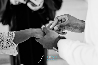 30. Teryn and Corey Yellow Wedding | Dekalb County Court House | Atlanta Wedding Photograhers | Fotos by Fola