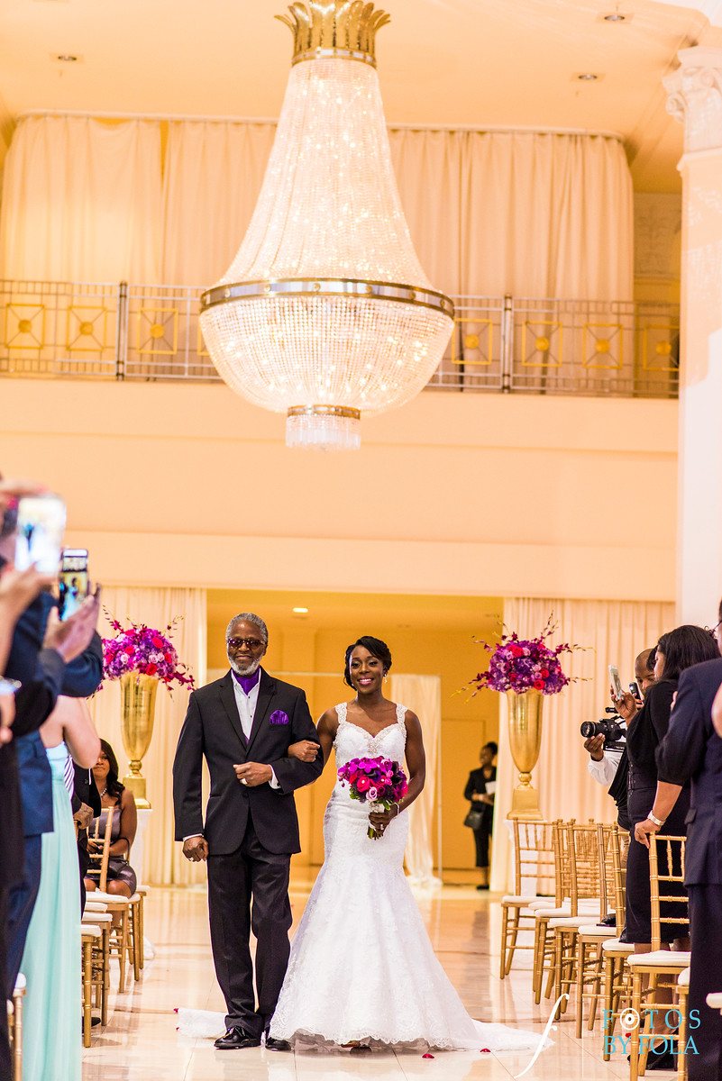 Quita + Jeremiah 200 Peachtree Wedding | Atlanta Wedding Photographers | Fotos by Fola | Marriott Grand Marquis