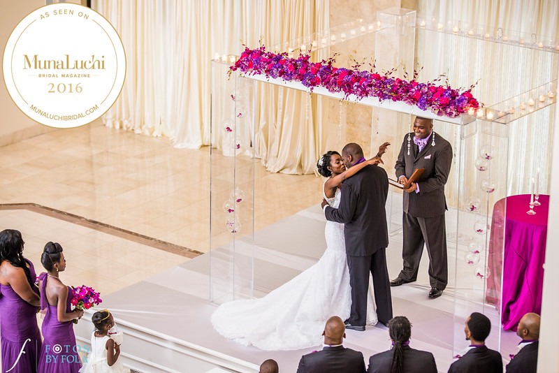 Fotos by Fola Featured on Munaluchi | 200 Peachtree Wedding | Atlanta Marriott Marquis